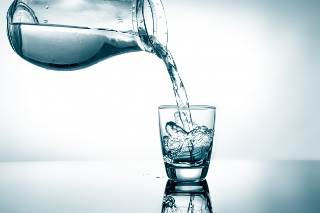 filling-glass-water_87646-2131.jpg